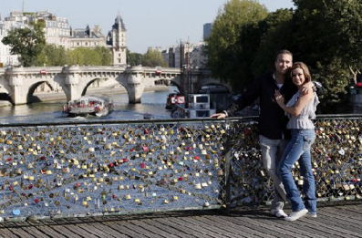 * Love-locks.jpg